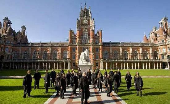 英国各大名校减免学费最新政策,速查收!