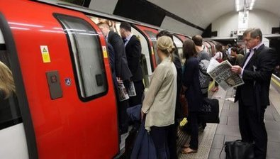 英国留学常用的7种交通工具,哪种最省钱最方便?